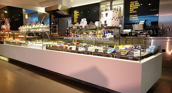 Delicatessen & Meat display cases